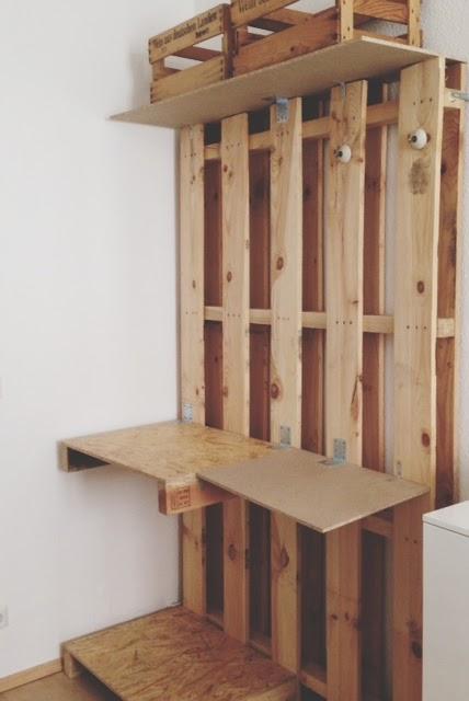 blick durch schl sselloch oder besser die andere seite vomschlafzimmer diy kleiderschrank. Black Bedroom Furniture Sets. Home Design Ideas