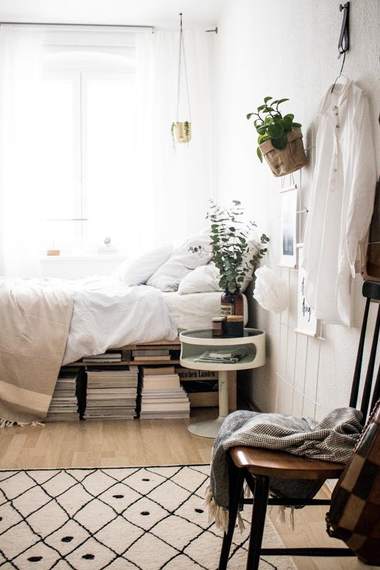 kleines schlafzimmer ganz gro doitbutdoitnow. Black Bedroom Furniture Sets. Home Design Ideas