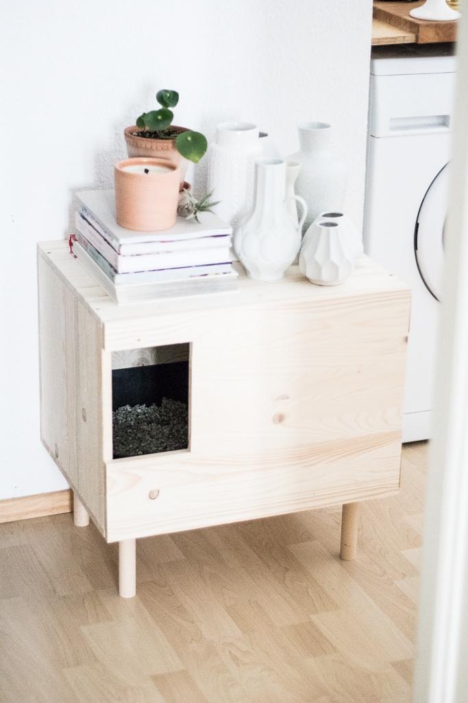 katzenklo katzenklo ja das macht die katze froh katzenm bel selber bauen doitbutdoitnow. Black Bedroom Furniture Sets. Home Design Ideas
