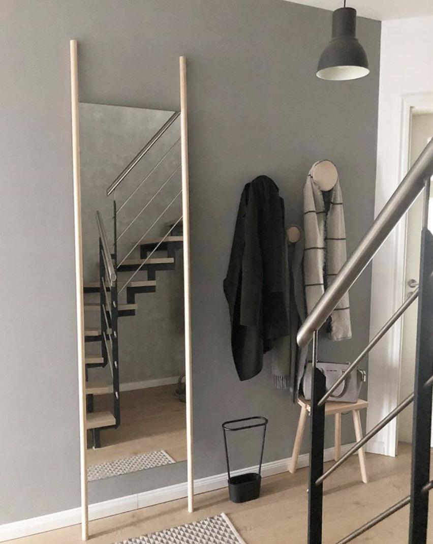 ein spiegel zum anlehnen und selber bauen doitbutdoitnow. Black Bedroom Furniture Sets. Home Design Ideas