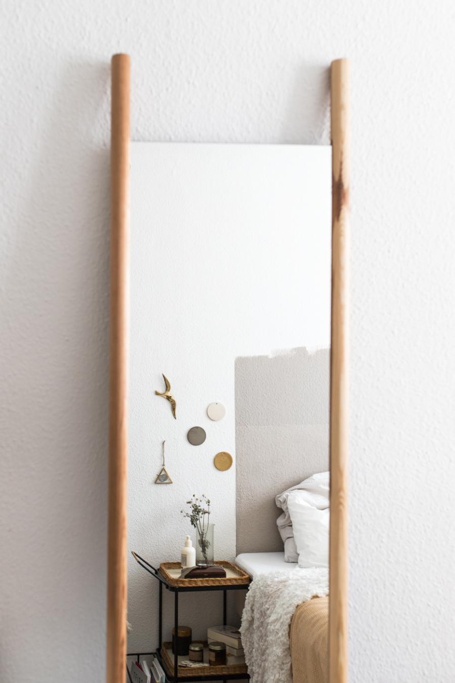 Georg der Spiegel zum Anlehnen DIY