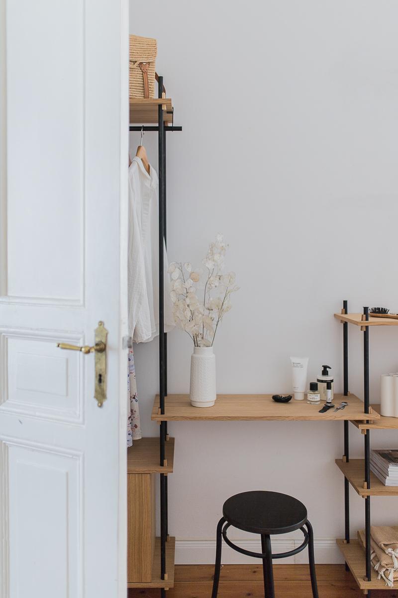 Kleideraufbewahrung Moebe Regalsystem